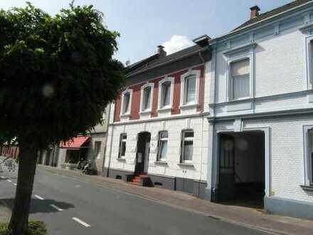 Individuelles und stilvolles Wohnen in Meerbusch - Lank/Latum
