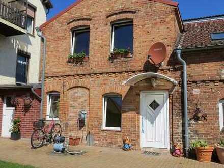 Nebenhaus Maisonettewhg. mit eigenem Eingang