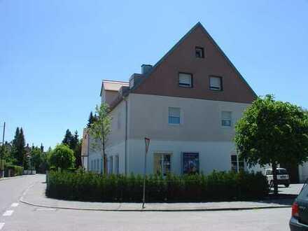 Allach - helle 2-Zimmer Wohnung ohne Balkon