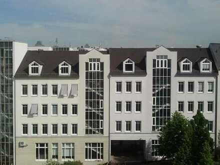 MB Immobilien / Büroetage im Dachgeschoss mit besonderen Flair