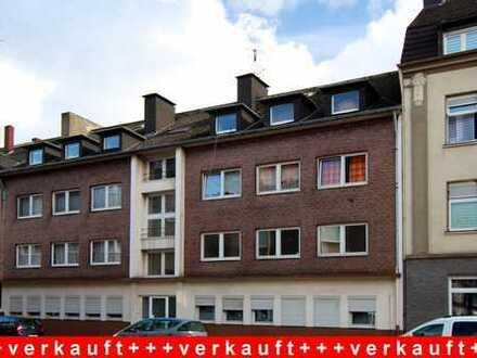 Gemütliche Wohnung mit Balkon und Einbauküche in zentraler Lage von Duisburg-Beeck