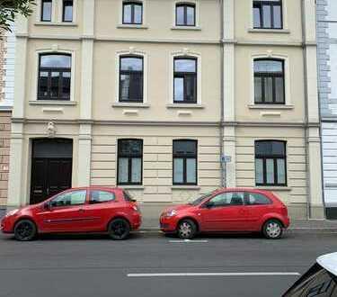 Altbauwohnung in Ratingen-Mitte, 850 €, 100 m², 4 Zimmer