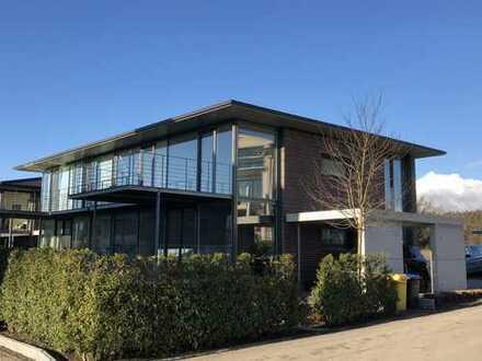 Allensbach * Doppelhaus-Hälfte * hochwertige Einbauküche * mit Garten * viel Licht
