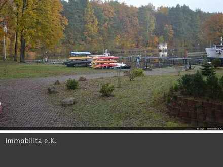 Wohnhaus in traumhafter Wasserlage am Oder-Havel-Kanal