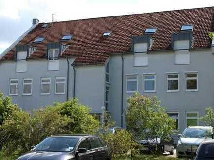 Mittendrin in Niesky! Moderne 3-Raumwohnung mit Einbauküche