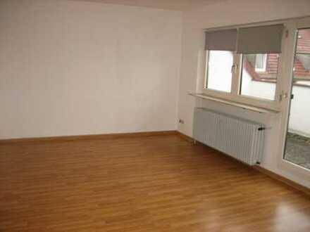 Ab sofort: Schöne und helle 2 ZKB Wohnung in Pirmasens