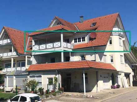 Gepflegte Wohnung mit 3 1/2 Zimmern, Balkon, Keller und Garage