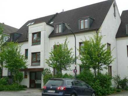 3,5 Zimmer Galerie-Wohnung in München-Harlaching