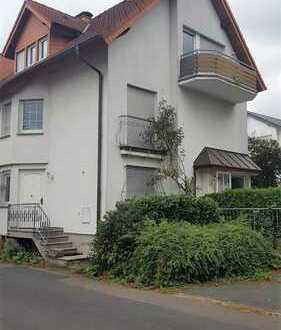 Gemütliches Einfamilienhaus mit Balkon und Garage im schönen Stadtteil Waldheim