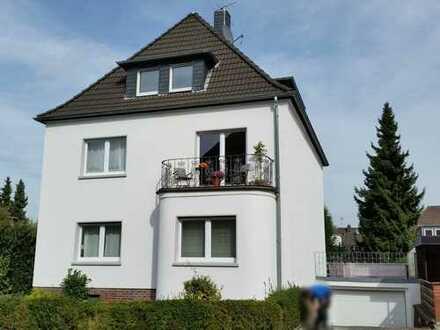 Essen Stadtwald: Nichtraucherwohnung, Balkon/ alleinige Gartennutzung, befristet für ein Jahr.