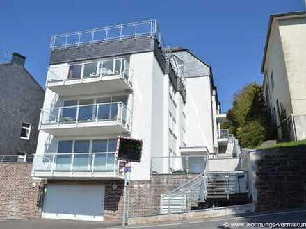 Großzügige Whg. mit separatem Eingang, 50 m² großer Terrasse + Balkon, landschaftlich schön gelegen