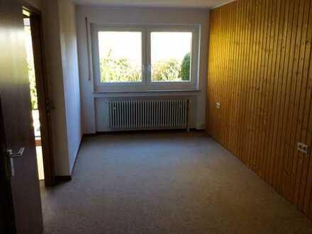 2-Zimmer-Erdgeschosswohnung an Einzelperson in ruhiger Stadtrandlage in Reutlingen