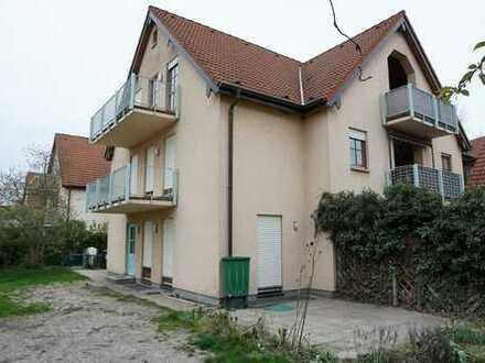 7-Zimmer-DHH (ca. 158 m² Wohn-/Nutzfläche) inkl. Garten und 2 Garagen zu vermieten!