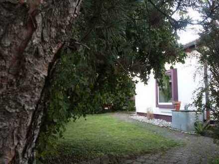 Schöne Doppelhaushälfte mit vier Zimmern in Göppingen (Reusch)