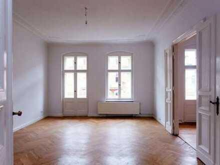 Mitte von Berlin-Mitte / Scheunenviertel - 5-Zimmer-Altbau-WHG m. Stuck und tlw. Parkettböden
