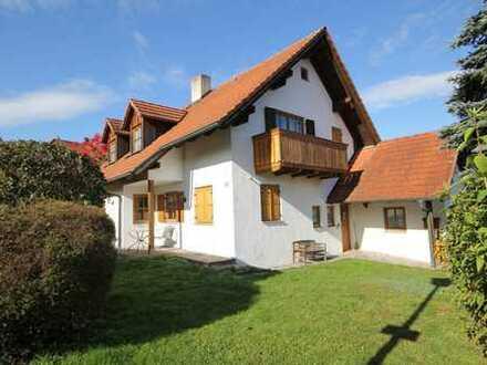Einfamilienhaus in Tittmoning.  Absolut ruhige und sonnige Lage, nur 150 Meter zur Altstadt