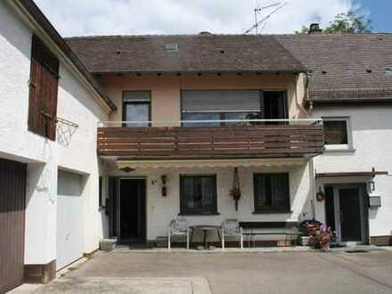 Familienfreundliches Haus in beschaulicher Lage in Langenau, nahe Ortskern