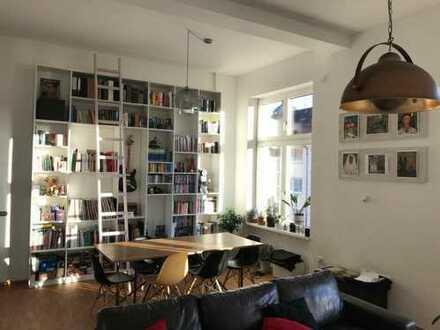 Berufstätigen-WG in moderner sanierter Altbau-Wohnung in den Quadraten