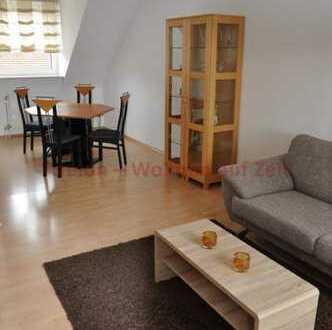 Schickes Apartment mit Aufzug und Loggia in zentraler Lage