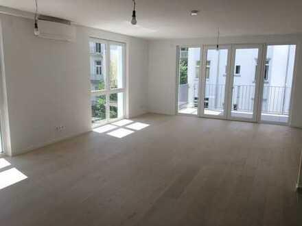 HAUS IM HAUS! Luxuriöse + großzügige Neubau-Maisonettewohnung im Holzhausenviertel!