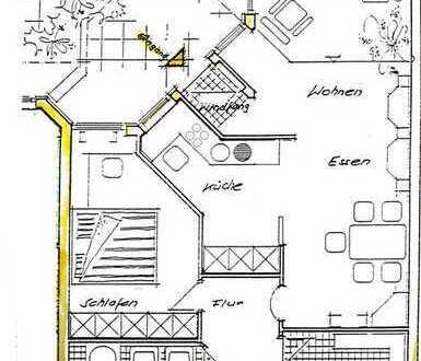 Gepflegte 2,5-Zimmer-Wohnung mit Balkon und EBK in Holzgerlingen