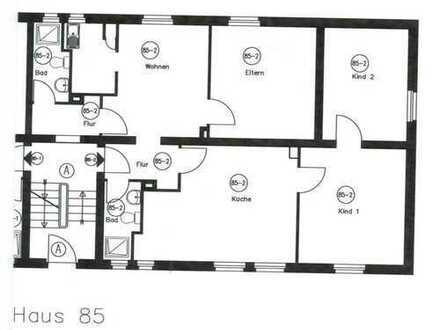 Nähe FH Maschinenbau, WG geeignet, große, helle Wohnung, 4 Zimmer, Küche, 2 Duschbäder,