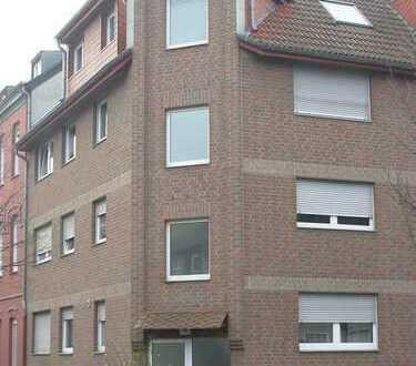 Schöne (T)-Räume: 3-Zimmer Maisonette-Wohnung mit zwei Balkonen