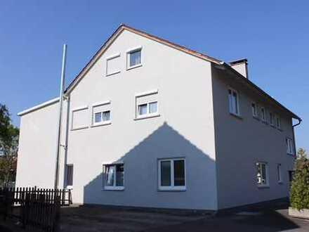 Neuwertige 3,5-Zimmer-Maisonette-Wohnung mit Balkon und EBK in Heidenheim an der Brenz