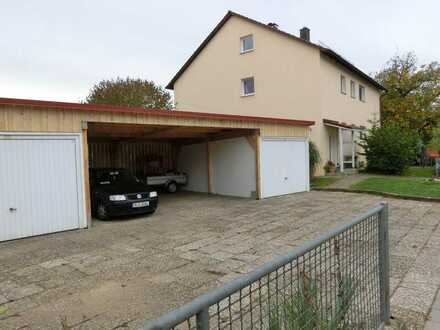 Ansprechende 4-Zimmer-Wohnung mit Balkon in Friesheim