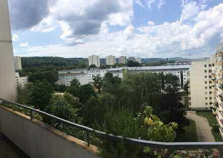 4-Zimmer, schöne, möblierte Wohnung mit Balkon im Grünen, in Stuttgart-Giebel