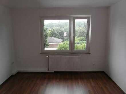 Freundliche, vollständig renovierte 2-Zimmer-Wohnung in Wattenscheid - Höntrop