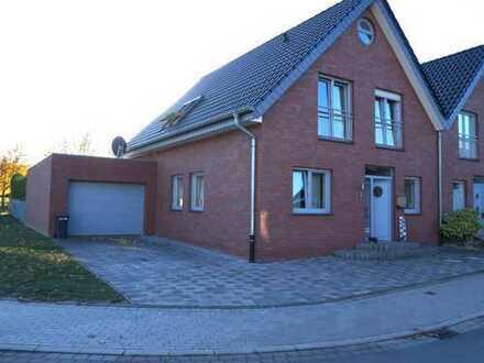 Moderne Doppelhaushälfte in ruhiger Neubausiedlung von Ostenfelde!