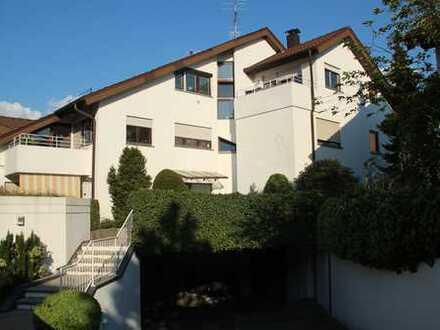 Von Privat: helle und ruhige 3-Zimmerwohnung in Leonberg-Ramtel