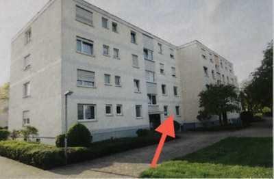 3-Zimmer-Erdgeschosswohnung ( Hochparterre) mit Balkon in Karlsruhe
