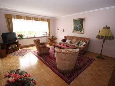 910 €, 128 m², 4 Zimmer