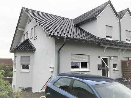 Doppelhaushälfte mit ELW, Langenlonsheim; Direkt vom Eigentümer