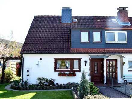 Doppelhaushälfte in familienfreundlicher Lage (Geesthachter Stadtwald) auf Erbpachtgrundstück