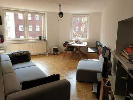 Nachmieter für stilvolle und superzentrale 3-Zimmer-Wohnung mit Balkon und EBK in Düsseldorf gesucht
