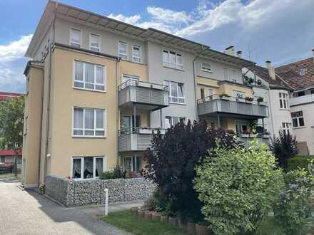 Moderne 3-Zi-ETW: Aufzug, Balkon & Carport!