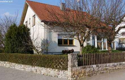 *Sehr gepflegtes* Ruhig gelegenes / Einfamilienhaus (Altbau) bei Bad Buchau/ Teilort