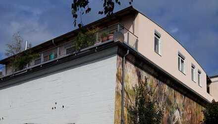 Lichtdurchflutete 3,5-Raum-Penthouse-Wohnung mit 2 Terrassen auf Bunker