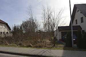 Baufreies Grundstück für ein Einfamilienhaus.