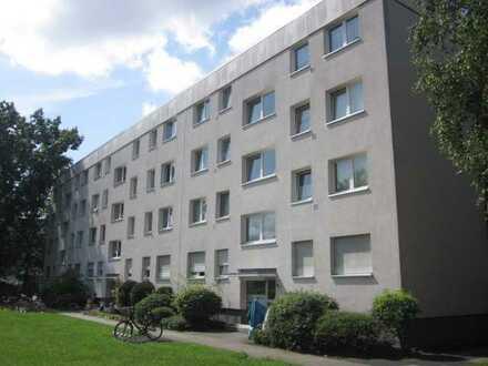 ++BEZUGSFREI++RODGAU++Praktisch geschnittene 2 Zimmer ETW mit Balkon++RESERVIERT++