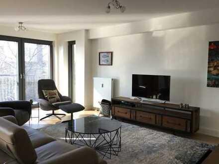 Luxus-Wohnung mit EBK + Balkon - Nähe Kö