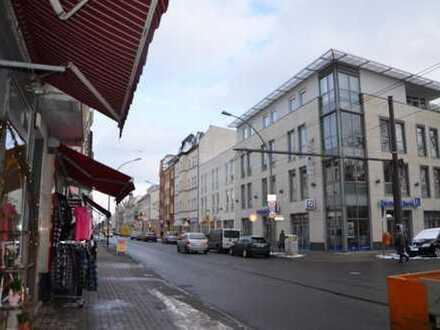 Vermietete DG- Wohnung in Adlershof (Mietrendite aktuell ca. 3,00 %)