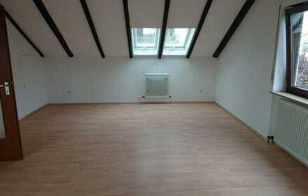 Schönes Haus mit fünf Zimmern in Erlangen-Höchstadt (Kreis), Eckental