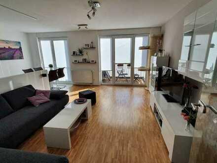 Helle, moderne 3-Zimmer Wohnung ohne Straßenlärm