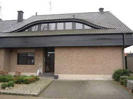 Provisionsfrei von privat: Helle und großzügige 4 Zimmer Wohnung in Mussum, Bocholt