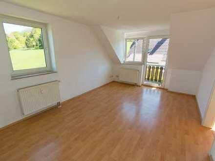 Gemütliche 2-Zimmer Wohnung in sonniger, ruhiger Lage, mit Blick ins Grüne!!!