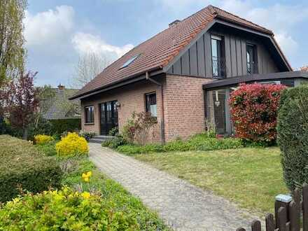 *Seltene Gelegenheit* Einfamilienhaus zur Miete mit Garage, Carport und Küche in Rheine am Stadtber